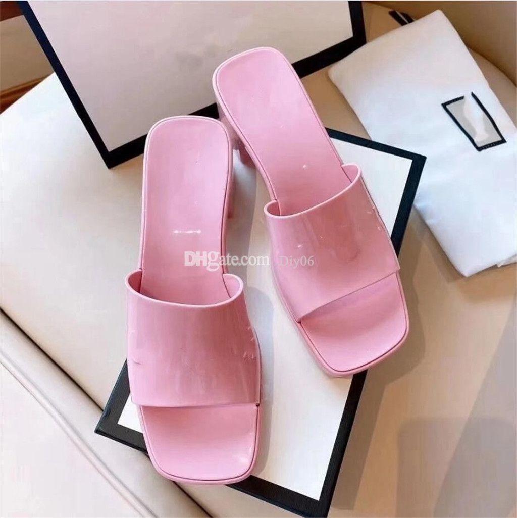 Klasik Katmanlı Kıyızlı Terlik Slaytlar Marka Kadınlar Slayt Sandalet Tasarımcı Ayakkabı Lüks 5.5 cm Topuk Yüksekliği Yaz Geniş Düz Kaygan Kalın Sandal Terlik Flip Floplar