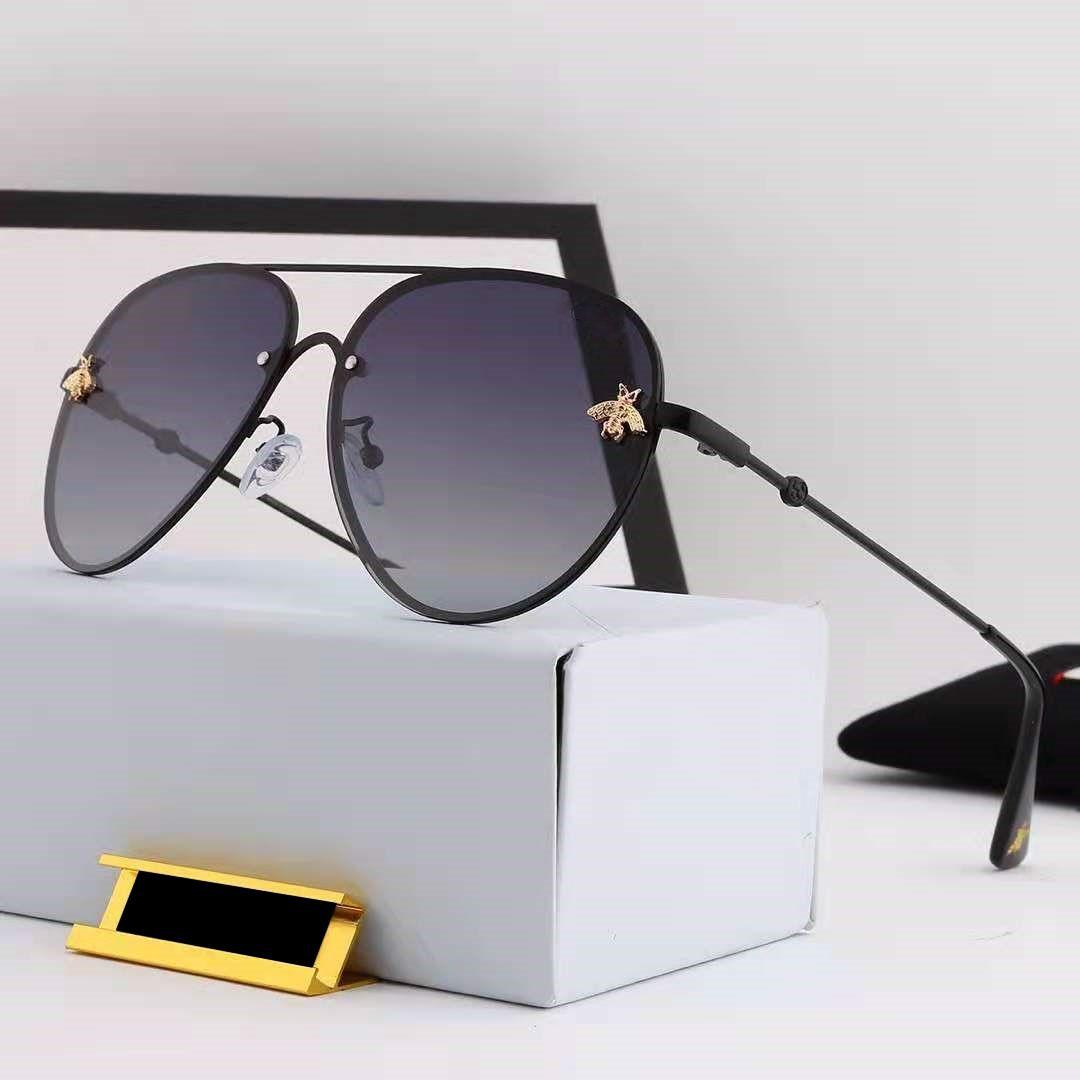 2021 تصميم العلامة التجارية النظارات النساء الشمس واقية الاستقطاب نظارات عالية الجودة عالية الجودة الأزياء المعادن المتضخم النظارات خمر الإناث uv400