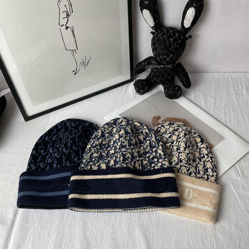 Klasik Tasarımcı Bere Şapka Knit Snapback Beanies Kış Kayak Şapka Adam Kadın Için Fitted Snap Geri Topu Trucker Snapbacks Cap Hip Hop Noel Örme Casquette