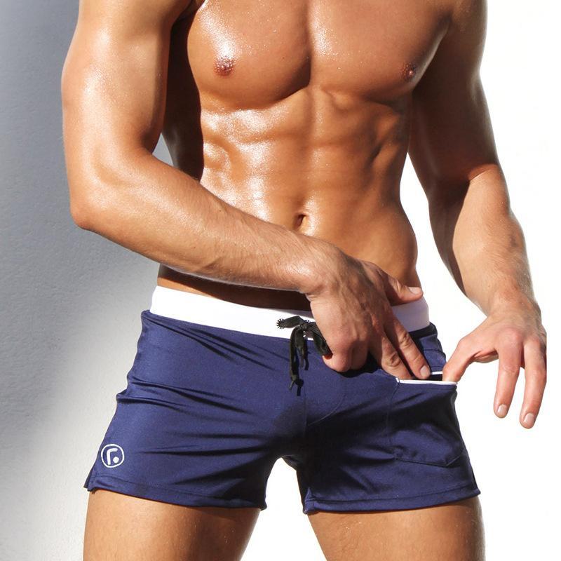 Sexy Scrats Hombres Trajes de baño Trunks Marca de alta calidad Swimsuits Swim Boxer Sportswear Solid Tablero Shorts Plus Tamaño Natación KZ38