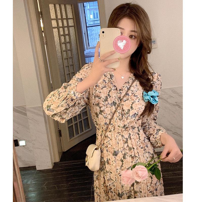 Женская одежда Платья одежды Случайные Одежда Одежда платья пострадавшего красное сладостное цветочное платье весна мода шоу тонкий V-образным вырезом темперамент с длинным рукавом Dresskg4b