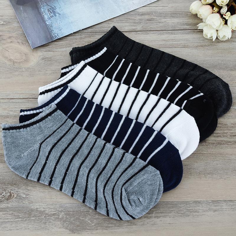 2021 High Quality Cotton Leisure business Men socks Striped Design Fashion Breathable Thin Men socks