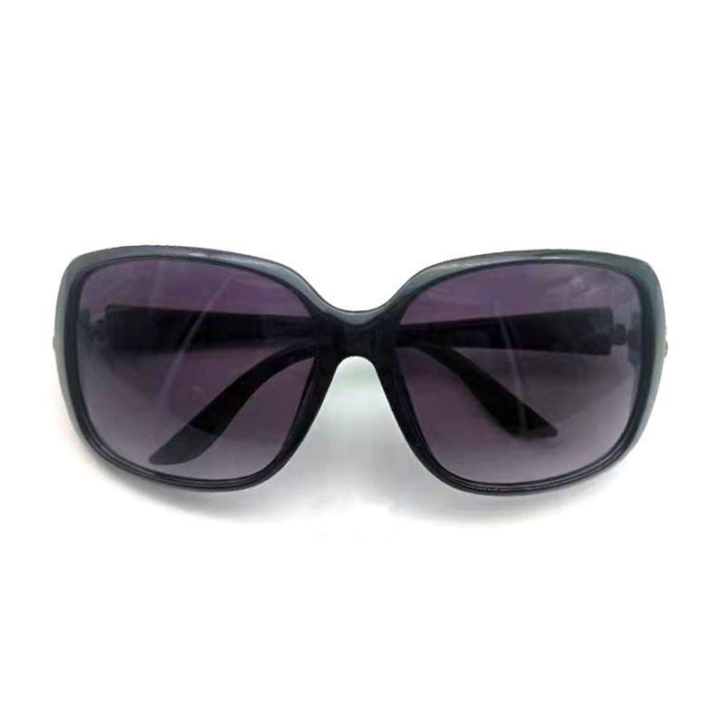 Lunettes de soleil classiques grandes hommes de luxe hommes femmes de marque de marque de qualité supérieure de protection UV Lens avec boîte
