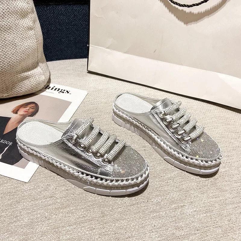 الأحذية الماس مطعمة أحذية بيضاء صغيرة 2021 ماء مياه جديد أزياء مكتنزة حذاء كاجوال