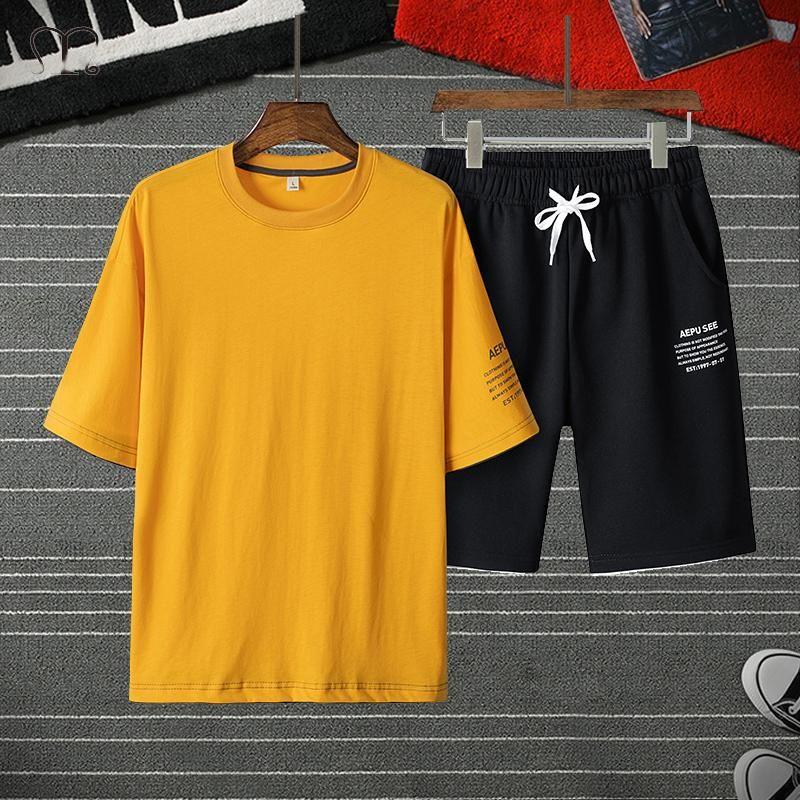 Men's Tracksuits Summer Sweatsuit Men Fashion Set Oversize T-shirt Shorts Casual Harajuku Breathable Mens Sport Suit Streetwear Male Tracksu