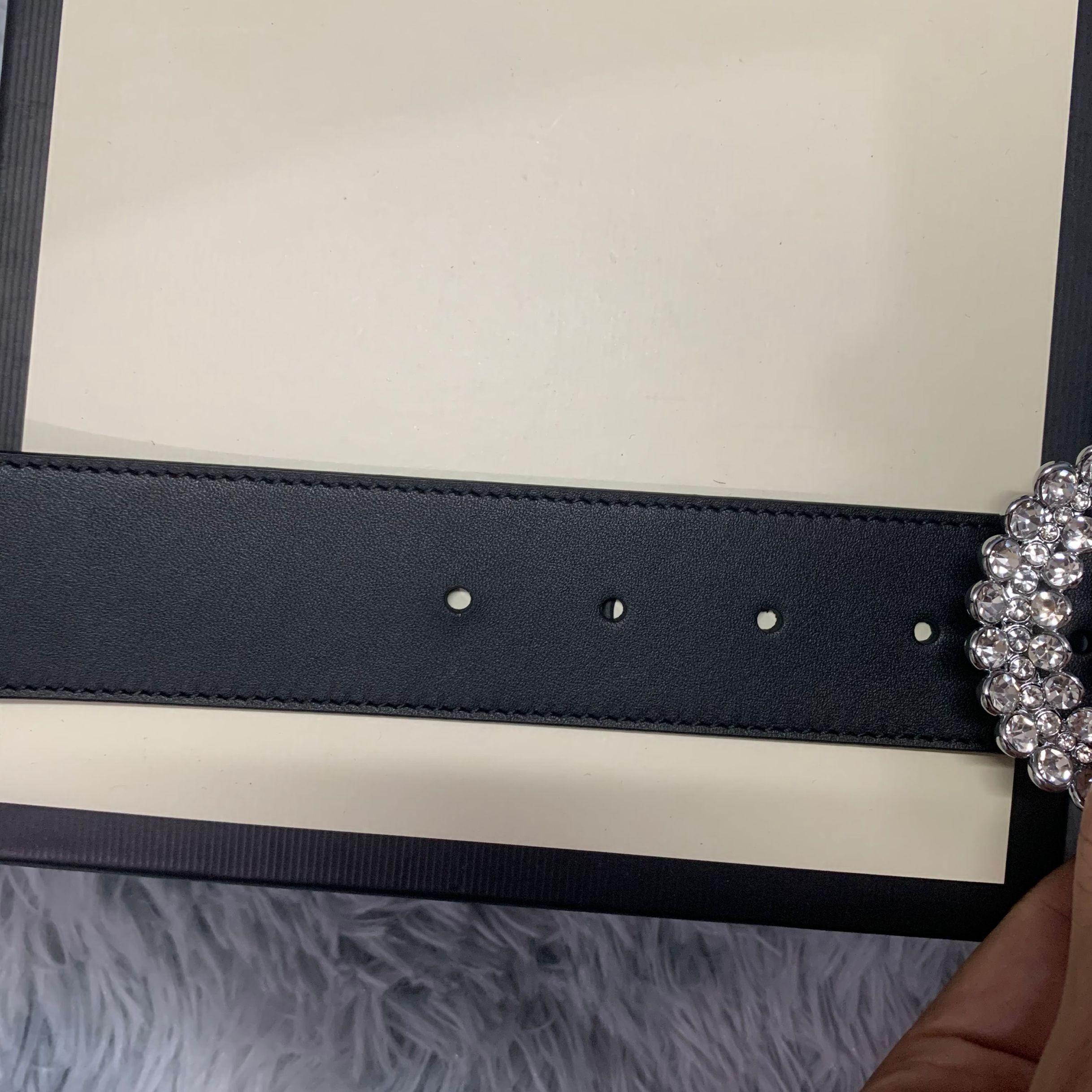 2021 أزياء للجنسين حزام مع مشبك رسالة الماس، وعرض النطاق الترددي 4.0.