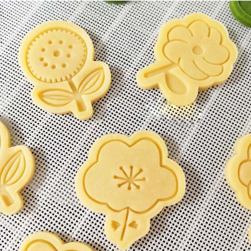 Other Bakeware 4pcs Flower Shape Plastic Baking Molds Kitchen Biscuit Cookie Cutter Pastry Plunger 3D Stamp Die Fondant Cake Decorating Tool