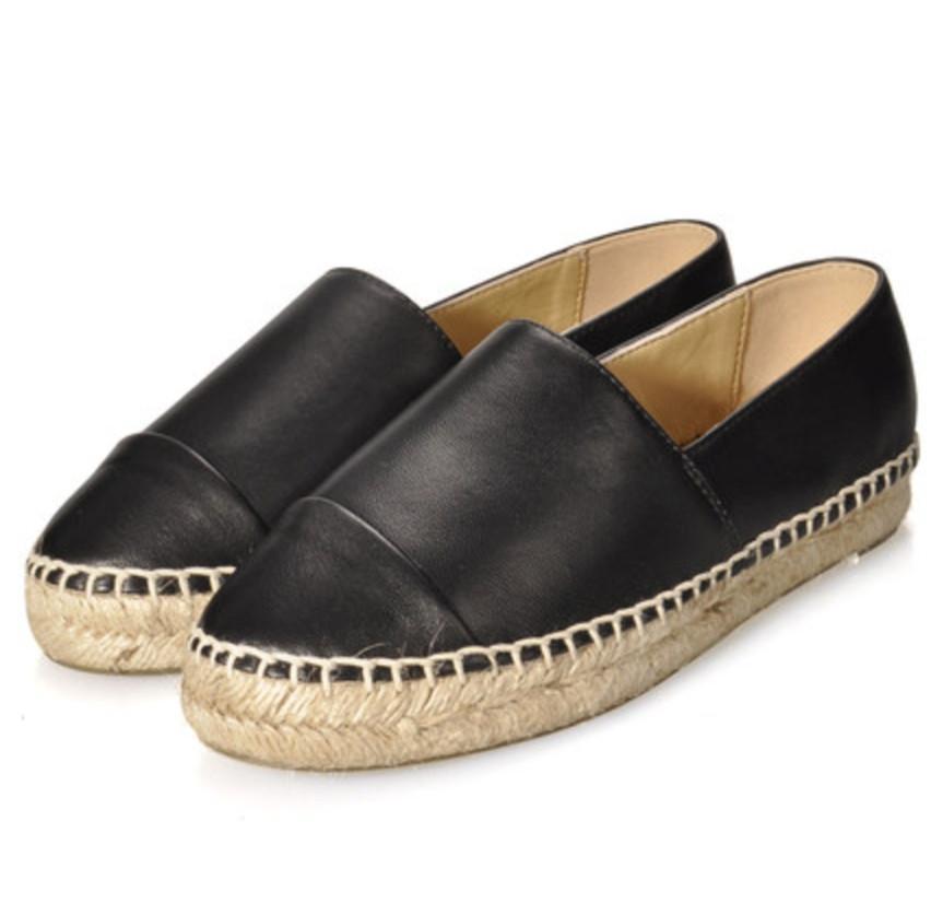 Design Clássico Sapatos Casuais Mulheres Slip-on Flats Hemming Couro Casual Flats Costura Costura Sapatos