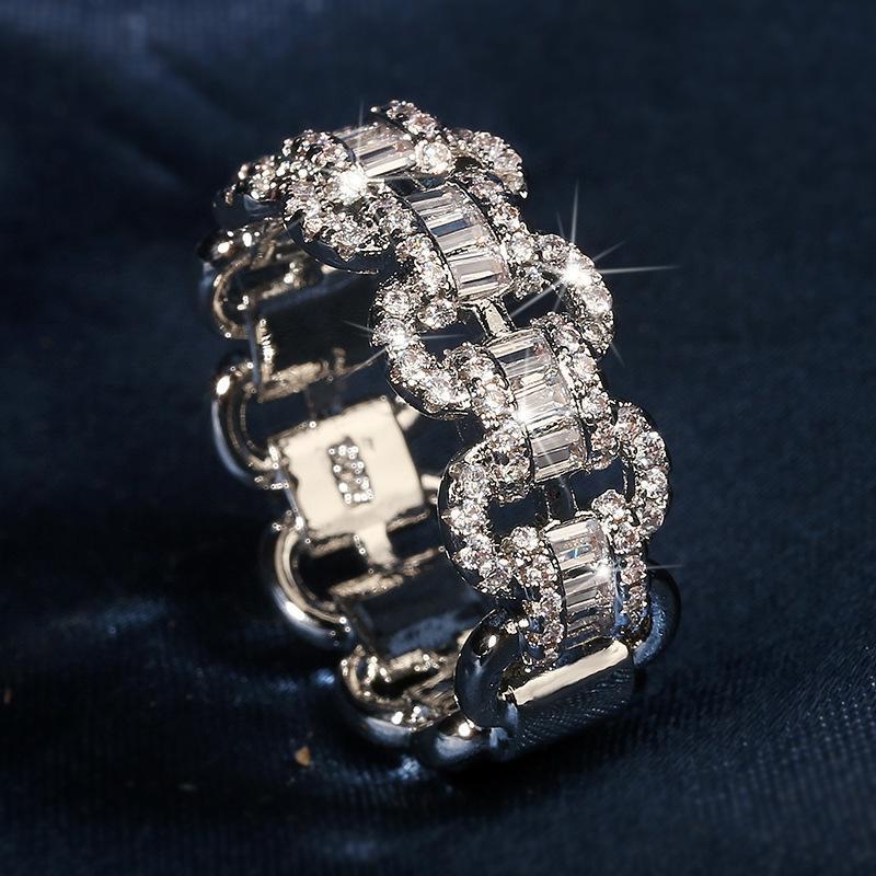 Deluxe Amanti Lab Diamond Ring Ring 925 Sterling Silver Bijou Engagement Banda di nozze anelli per le donne Uomini catena gioielli gioielli regalo Y1128