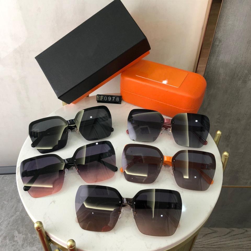 2021 Luxury Men's Bust Designer Sunglasses Square Fashion da donna di alta qualità UV380 Occhiali sportivi all'aperto AAA ++