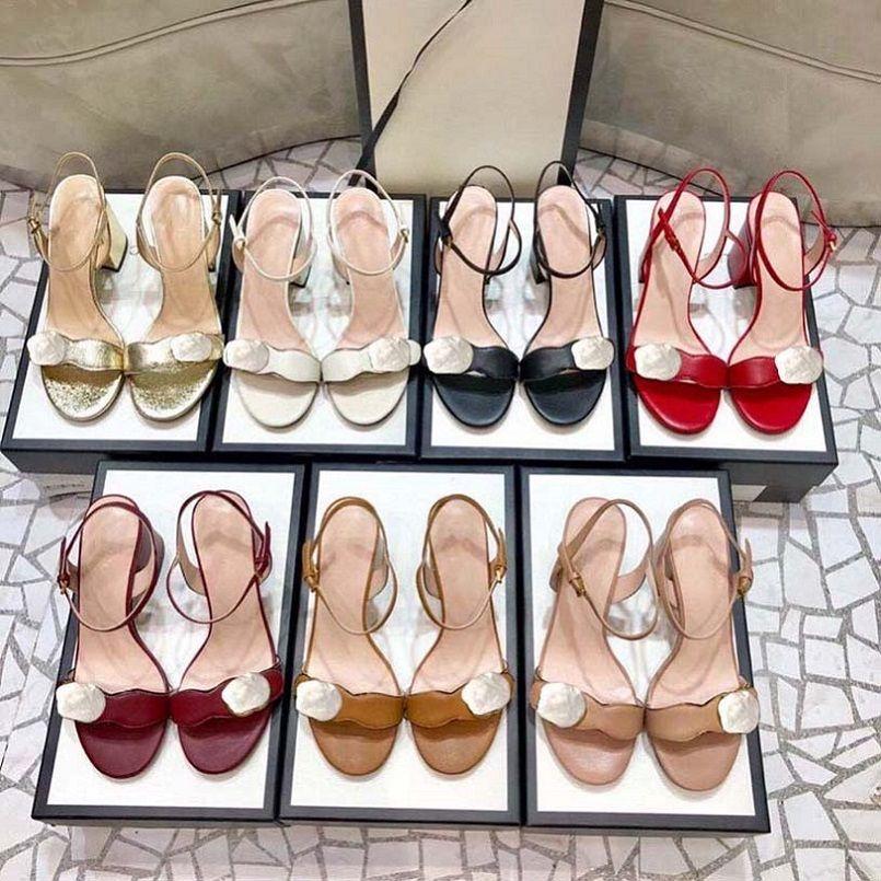 Heißeste Fersen mit Kasten Frauen Schuhe Designer Sandalen Qualität Sandalen Ferse Höhe 7 cm und 5 cm Sandale Flache Schuhfolien Hausschuhe von shoe10 01