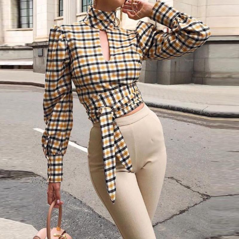 Goowrom otoño de manga larga sexy de espalda sin espalda mujer salvaje camisa a cuadros ahueca hacia fuera camiseta de mujer