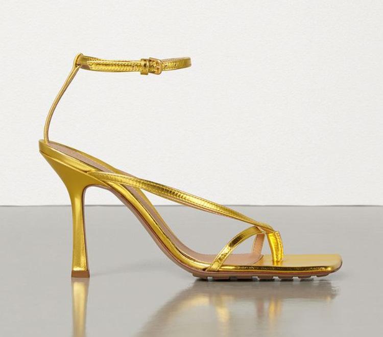 Prova Perfetto 2021 Elegante Flip Flop Summer Sandali Sandali Gladiatore Scarpe Donna Sexy Strappy Caviglia con tacchi alti