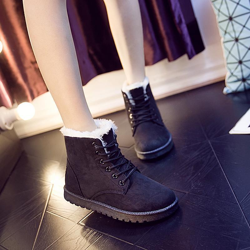 الأحذية الأزياء الدافئة الثلج 2021 الشتاء وصول المرأة عالية أعلى الكاحل الجوارب عارضة أحذية الفراء أفخم أحذية رياضية