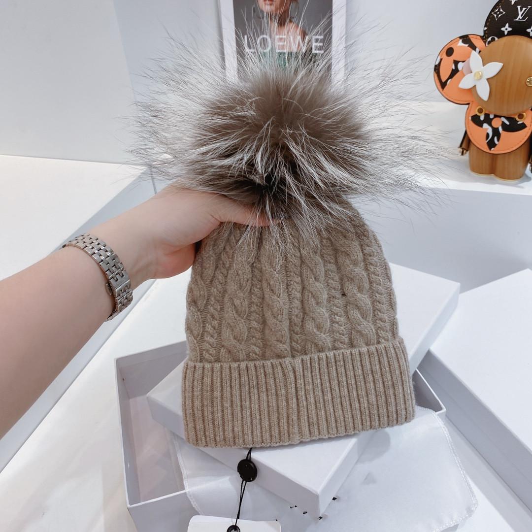 2021 Mens Designer Beanie Cable Chunky Knit Snapback Inverno Chapéus Mulheres e Homens Gorros com Moor Girl Cap 12 Cor