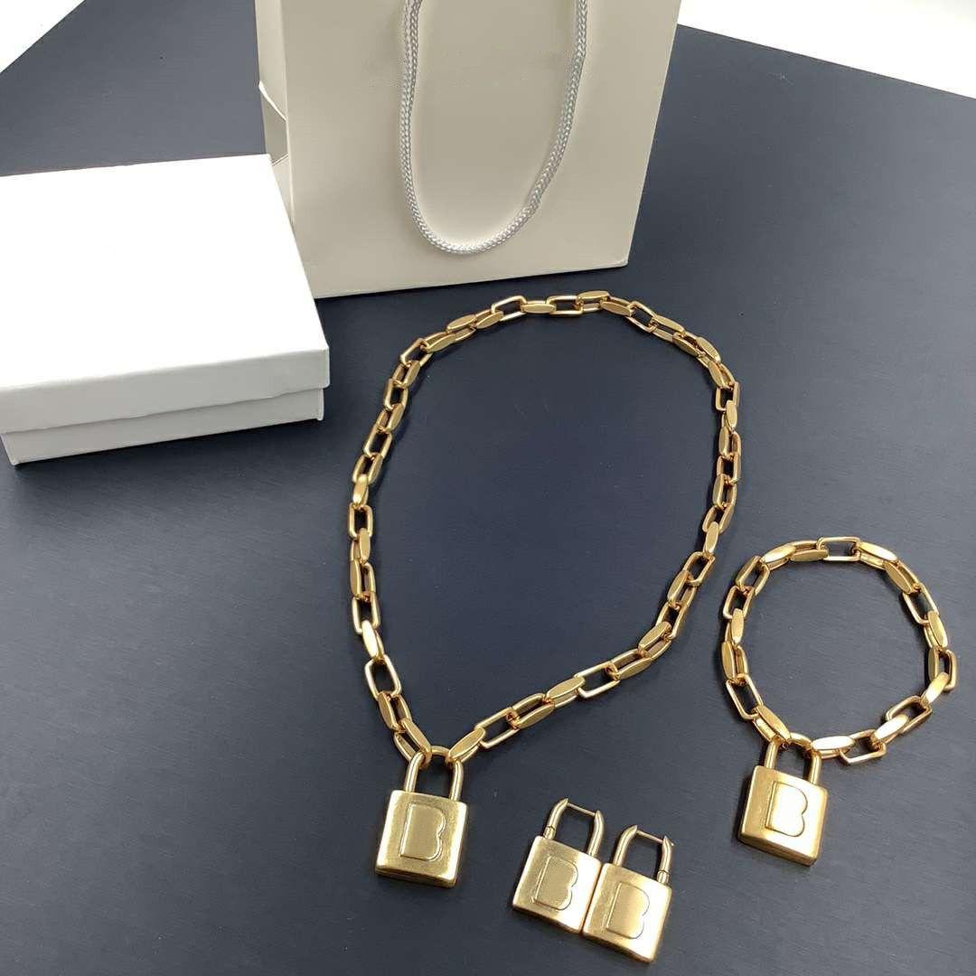 Мода браслет ожерелье серьги костюм мужчина женщина унисекс цепи браслеты ожерелья латунные ювелирные изделия костюмы высокого качества нет коробки