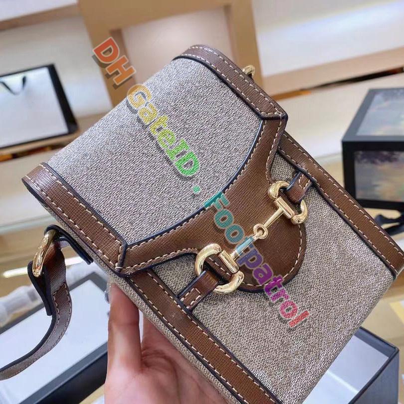 2021 Yüksek Dereceli Cep Telefonu Çanta Crossbody Çanta Kadınlar Klasik Omuz Çantaları Messenger Çanta Luxurys Tasarımcılar Moda Bayanlar Para Kart Çanta Flap Cüzdan