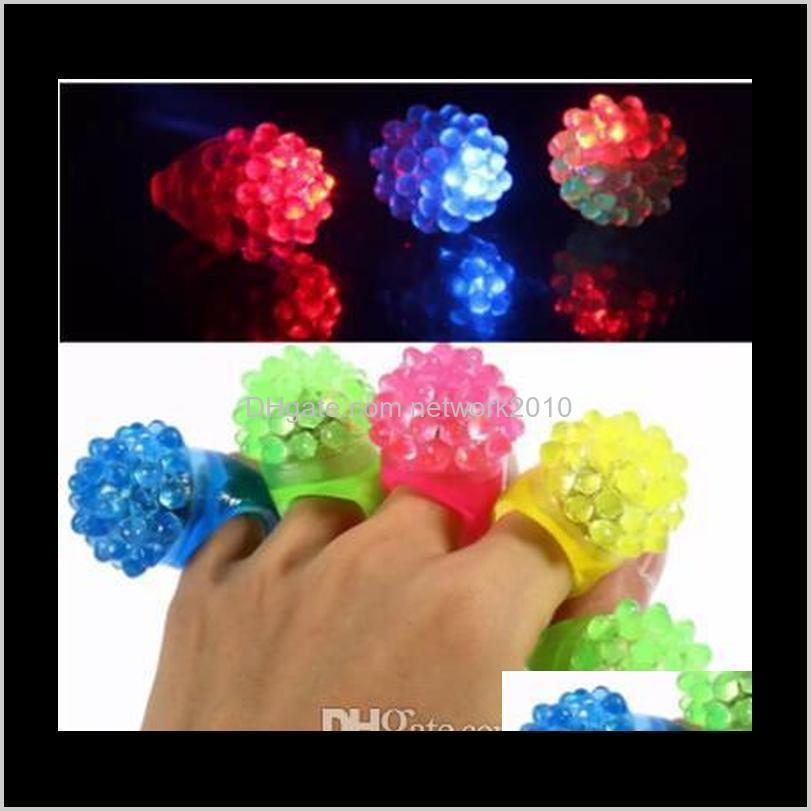 Événement de décoration Fournitures Festives Accueil Jardin Drop Livraison 2021 Arrivée Flash Mitts Cool LED Éclairage Bague à bulles clignotant Rave clignotant S