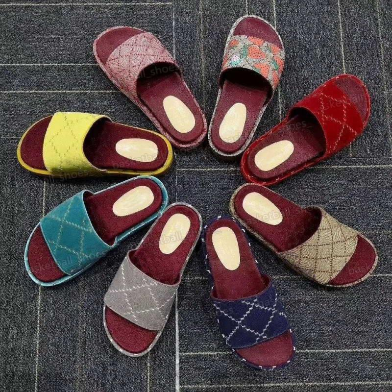 Luxus Frauen Rosa Gummi Sandale Mode Hausschuhe beschichtete Leinwandplattform Flache Folien Sandalen Chunky selbstgedeckte Fersen Größe 35-40 mit Box