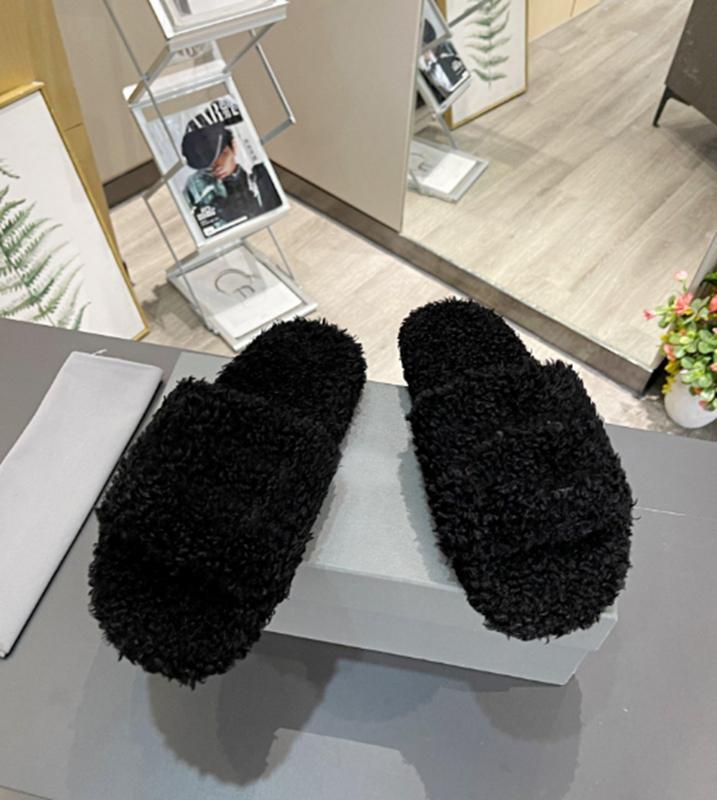 Designer Men Sandali Donne Sandali Furry Slide Black Slipper Sandalo Sandalo Faux Lana Cuoio Scarpe da ricamo Fashion Top Quality con Box Polvere Borsa 4 colori