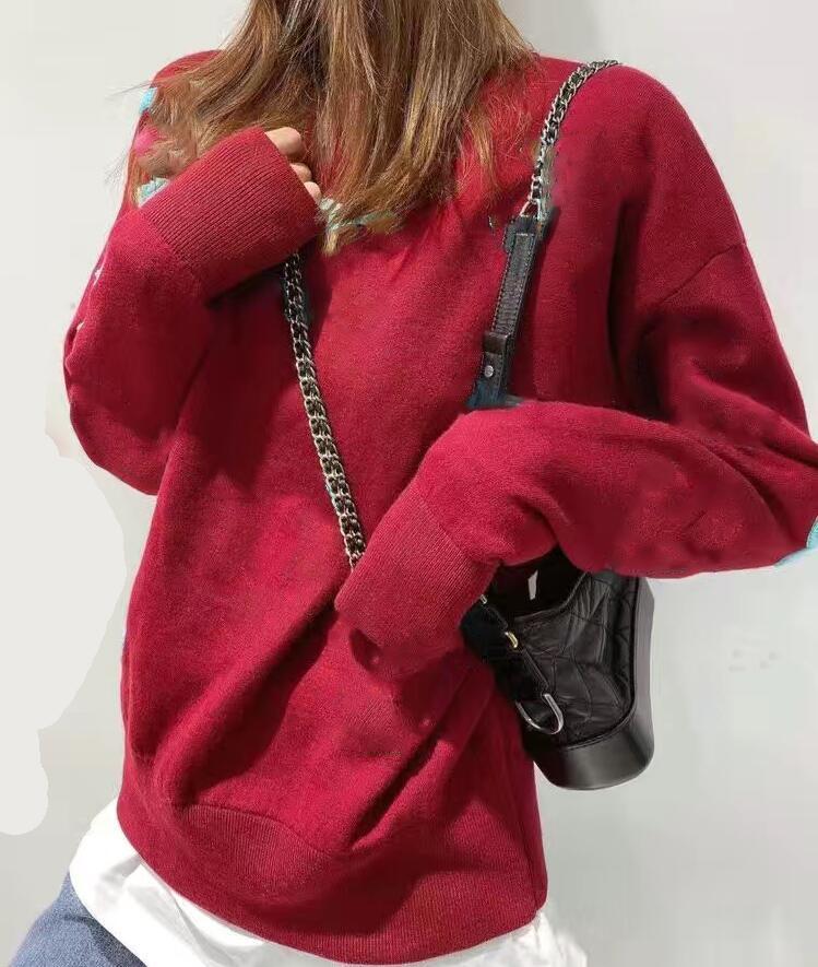 2021 الشتاء مصمم أزياء المرأة سترة الاحتفالية الأحمر إلكتروني زين التطريز كم طويل جودة عالية الصوف الدافئة البلوزات حجم كبير لينة ومريحة
