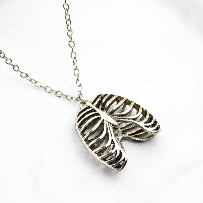 Edelstahl Herz Orgelform Halskette Hohl herzförmige Anhänger Menschliche Brust Anatomie Halsketten