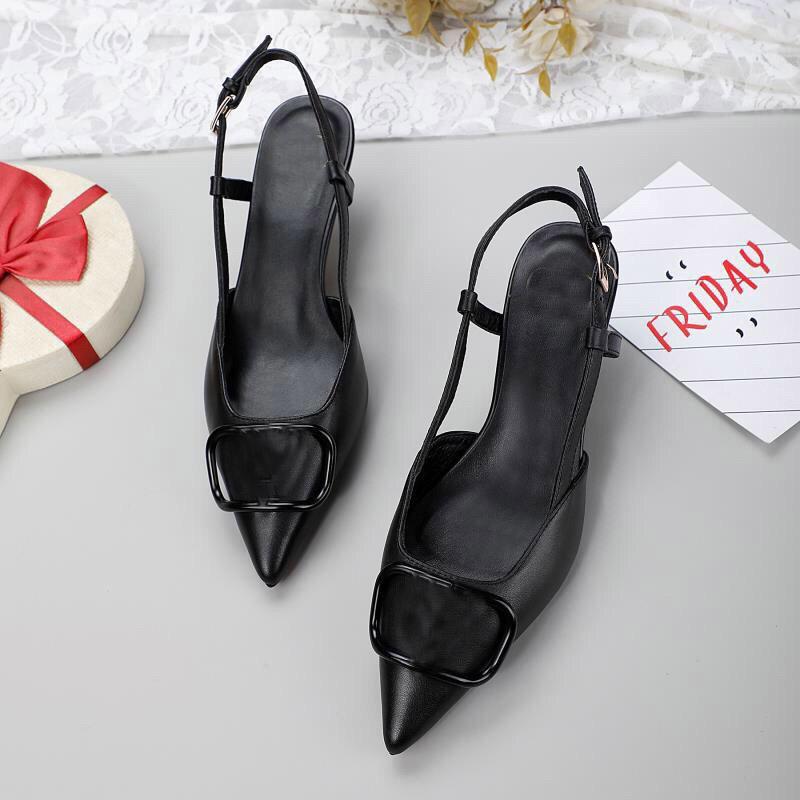 2021 Design de la mode Femme design des femmes Sandales pointues des filles Décontracté Summer Soft Cuir Noir Talons minces Chaussures Chaussure Dîner en plein air Dîner Sexy Shorts Red Tableau de talon 8us 35-41 # V42