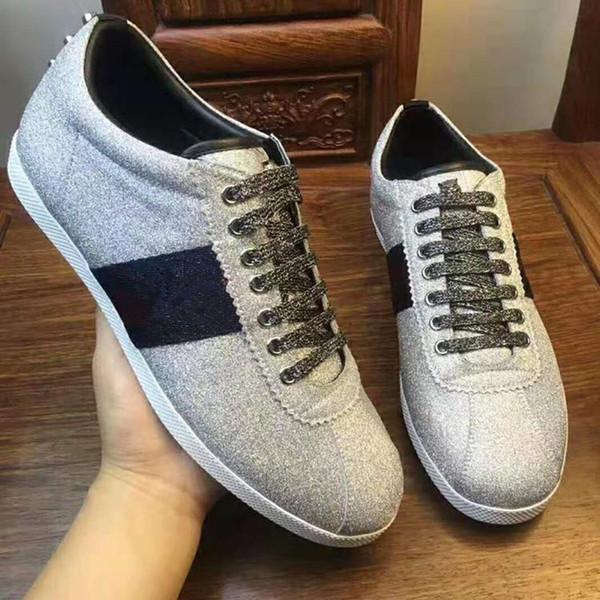 40٪ خصم الأزياء إيطاليا عارضة أحذية للنساء ايس النحل كلاسيكي رجل حذاء رياضة مصمم العلامة التجارية دروبشيب مصنع للبيع زائد الحجم 35-47