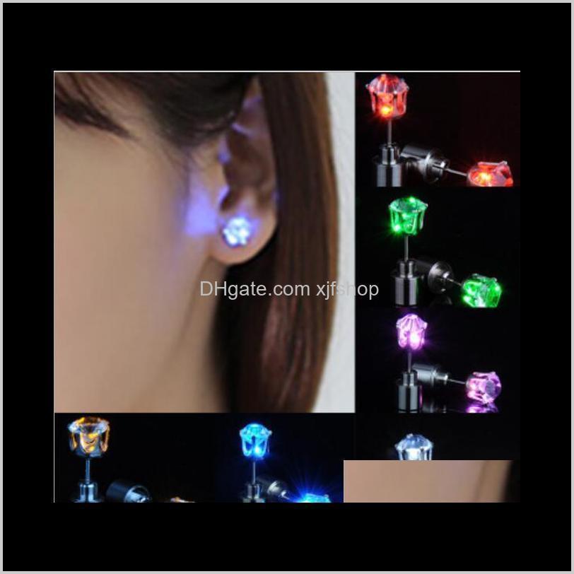 Gadget Mujeres Hombres Joyería de moda Iluminar Arroy Crystal Gotas LED Pendientes ZFP6L OHEA6