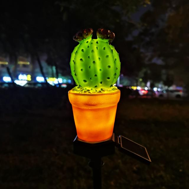 LED Güneş Lambası Açık Su Geçirmez Bitki Tarzı Sokak Bahçe Çim Düğün Parti Noel Dekorasyon Işık Küresel Kaktüs