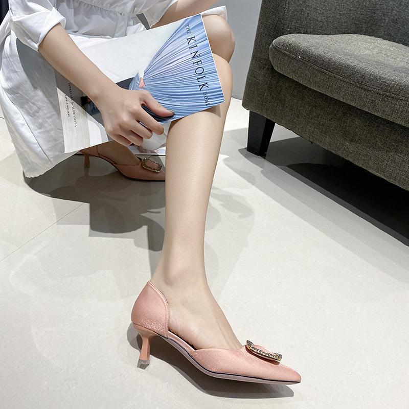 2021-43 Büyük ve Küçük Boyutu Kore Tarzı Hollow Bayan Bahar Yeni Sivri Stiletto Topuk Düşük Kesilmiş Yüksek Topuklu Sandalet