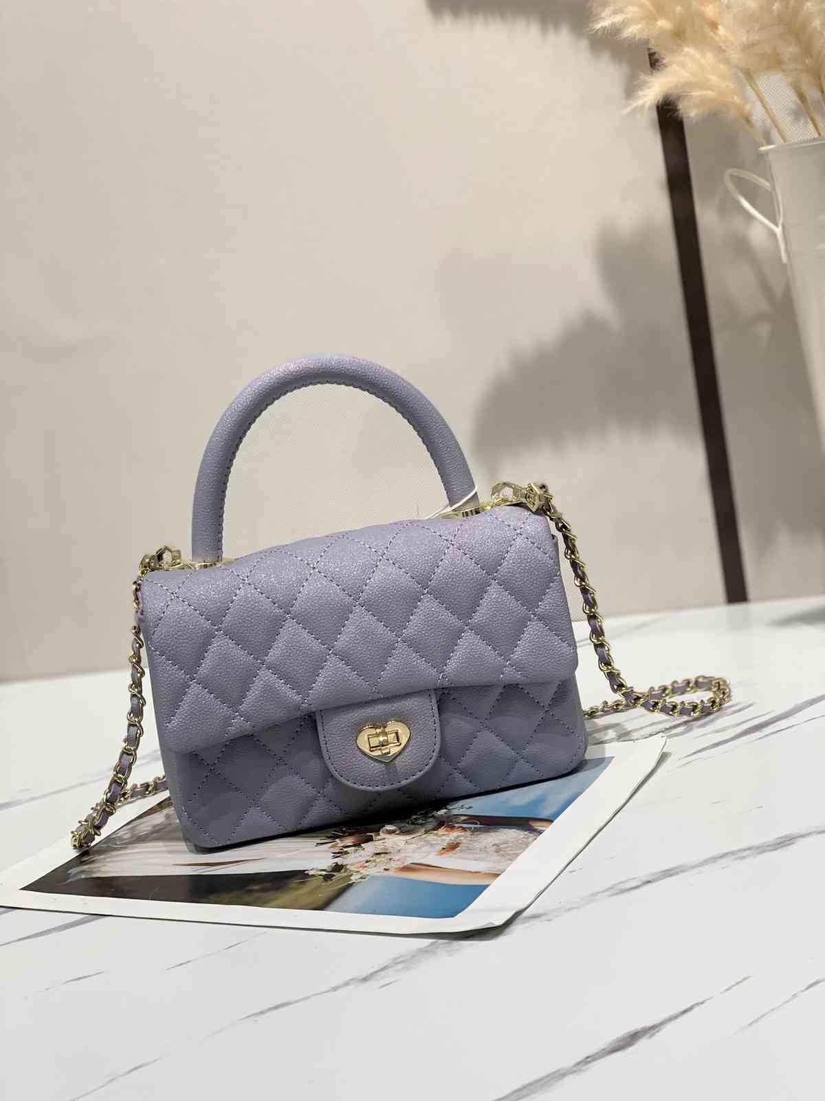 Designer handbagsMini Yangqi Lingge chain small bag autumn and winter 2020 new advanced love lock versatile one shoulder slant span bagBUWF