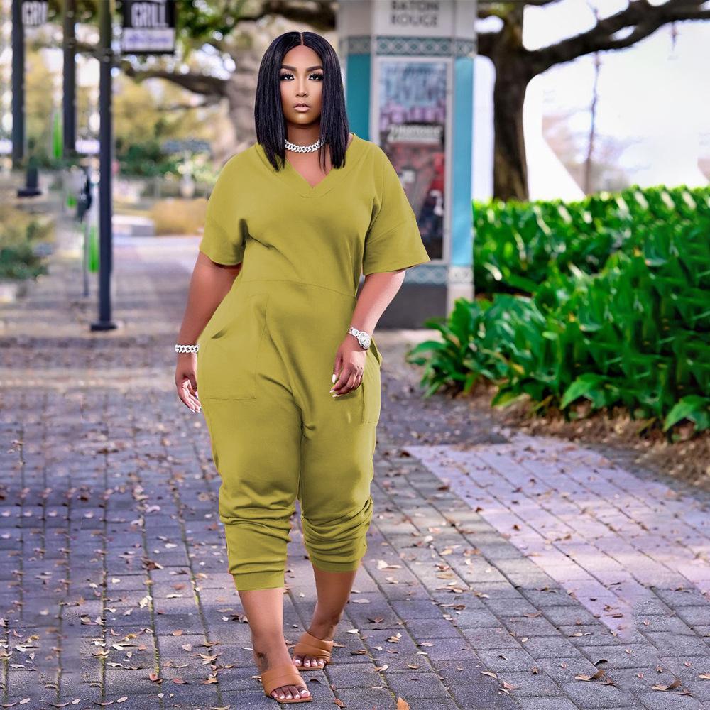 플러스 사이즈 여성 의류 솔리드 컬러 패션 섹시한 섹시한 V 넥 성격 포켓 캐주얼 간단한 스트리트 착용 반팔 점프 슈트