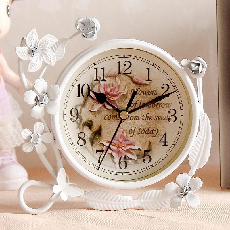 금속 음소거 테이블 시계 빈티지 장식 골동품 책상 디지털 전자 서 Masa Saati 홈 장식 EK50TC 시계