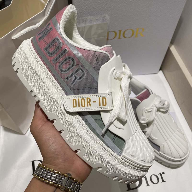 2021 مصمم الأحذية الفاخرة مصمم الأحذية عالية الجودة قماش عارضة أحذية الربيع والخريف موضة مريحة أعلى المنصة النسائية في الهواء الطلق مع مربع Shoe008 1
