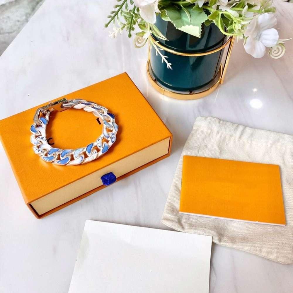Marca de moda Alta versión de la pulsera de las mujeres Diseño de la gallina de la novia de la boda de la gallina.