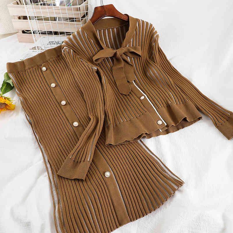 Ladies Fashion Cardigan Set Cuello Sola botón Dobladillo Half Pierna Falda de punto 2piece Set.