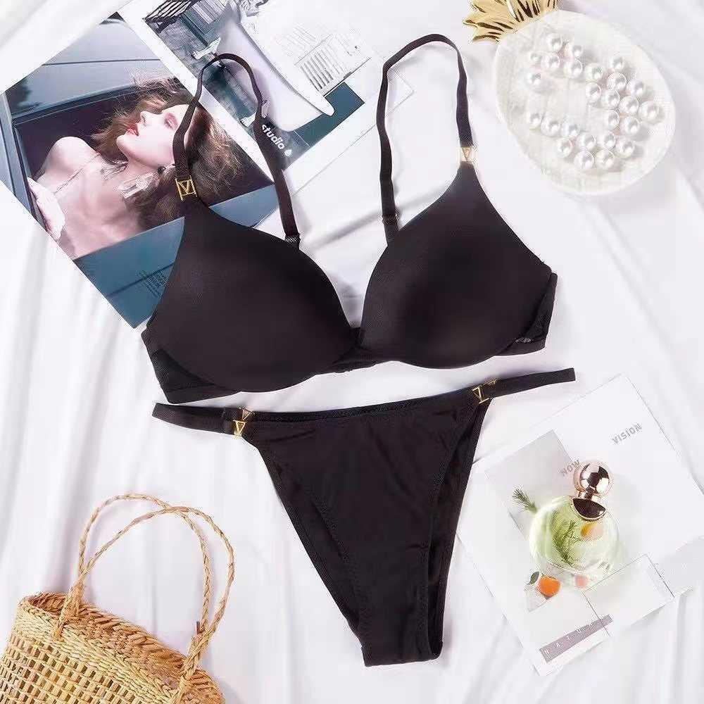 2021 hot selling women's bra set with steel ring gathered together comfortable girl's underwear set sexy small V decoration Q0705