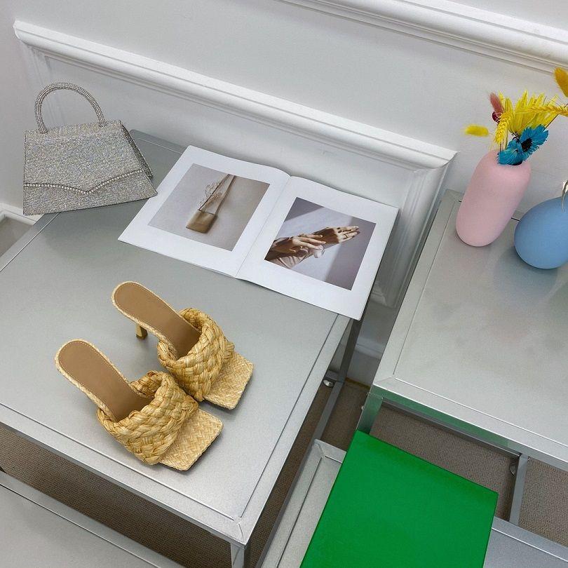 عالية الكعب النعال تنظم الأزياء الصيف شخصية الاتجاه اليدوية القش حبل شقة عدم الانزلاق المطاط أسفل بما في ذلك الصناديق والحقائب Size35-40
