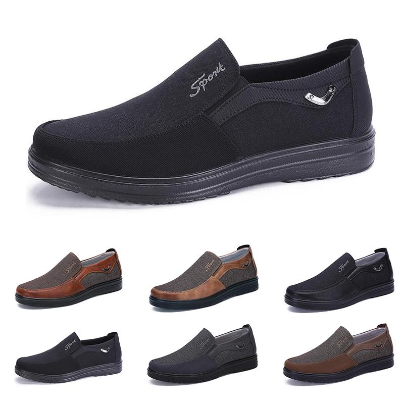 2021 Concepteur de mode Style d'affaires Chaussures Mens Hommes Black Brown Loisirs Soft Appartements Soft Hommes Robe décontractée pour la fête 38-44 Sept