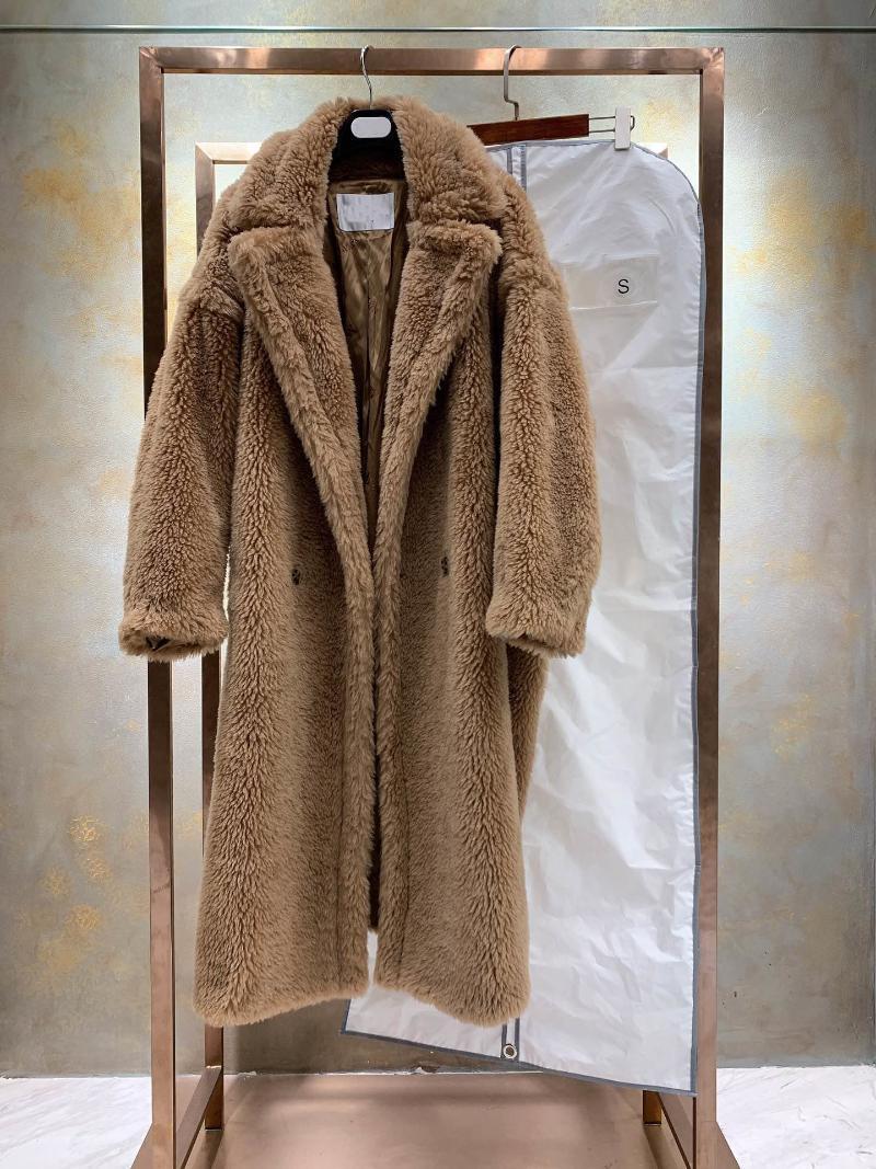 المرأة الخندق معاطف 2021 أزياء دمية الدب الفراء الكبير متكامل 80٪ معطف الصوف الحقيقي الإناث الملف الشخصي سميكة الجمل الألبكة