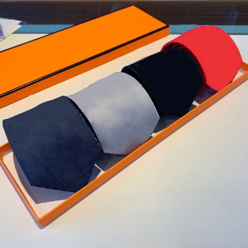 High-end Ipek Kravat Moda Tasarım Erkek Kravatlar Boyunback Jakarlı İş Kravat Düğün Boyunları NHXQD
