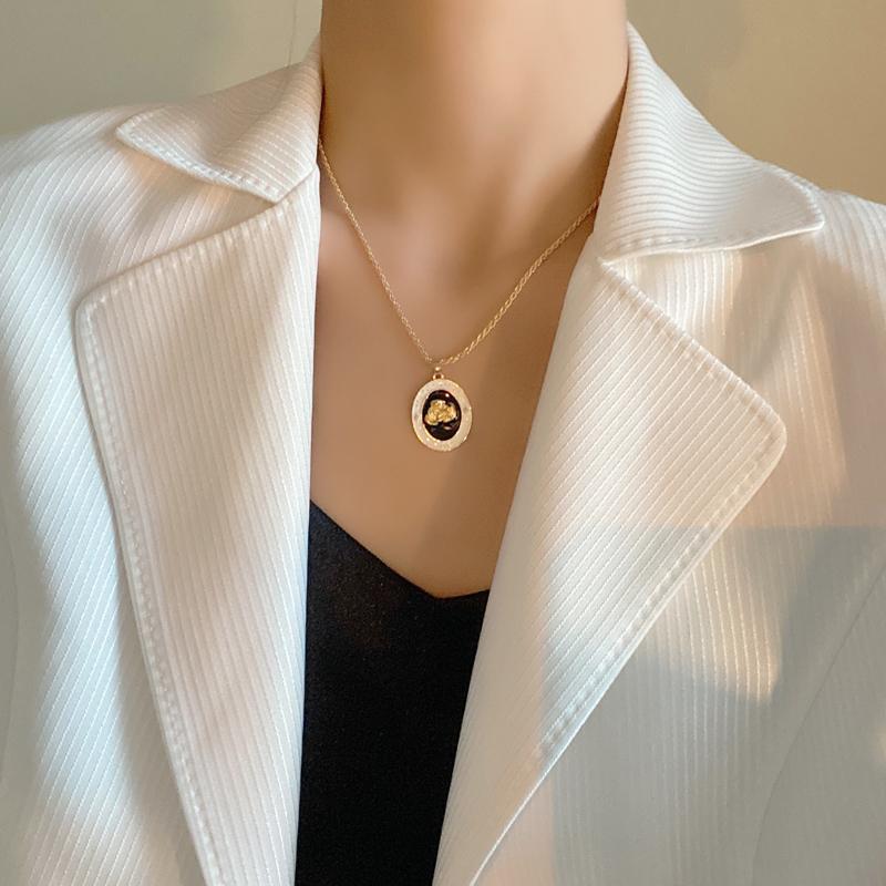 Chains Bilandi Fashion Jewelry Vintage Enamel Pendant Necklace Delicate Retro Design Chain For Girl Fine Accessories Gifts