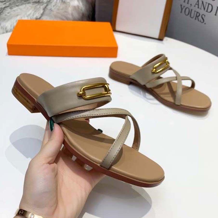 Zapatillas de alta calidad Zapatos de mujer Diseñadores de lujo diseñadores Sandalias Sandalias de verano Playa de verano Moda al aire libre Dama ancha Diapositiva plana Flip Flops con caja Home011 36