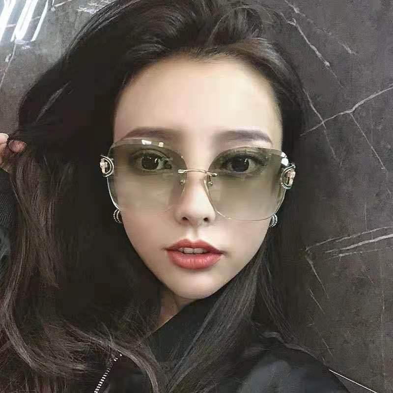 Yeni Moda Çerçevesiz Kore Trend Kesim EE Anti UV Güneş Gözlüğü