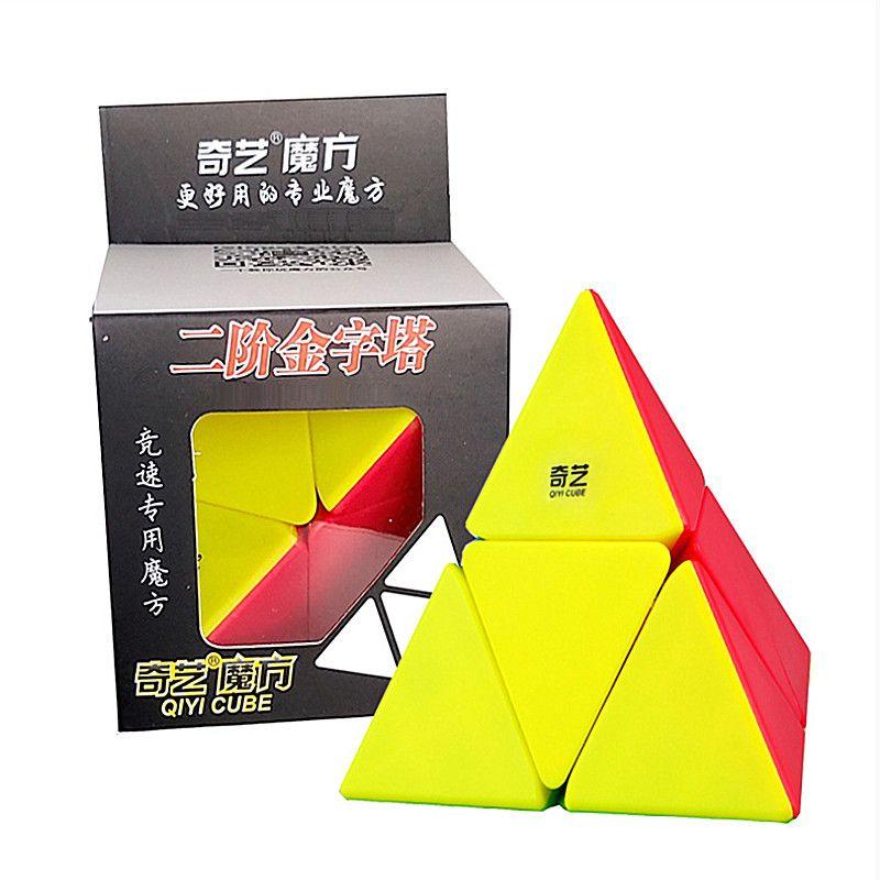 Qiyi 2x2x2 Pyramid Speed Cube Magic Cube Puzzle Toys for Children Speed Pyramid Cube Pyramid 2x2 Puzzle Formado Cubo