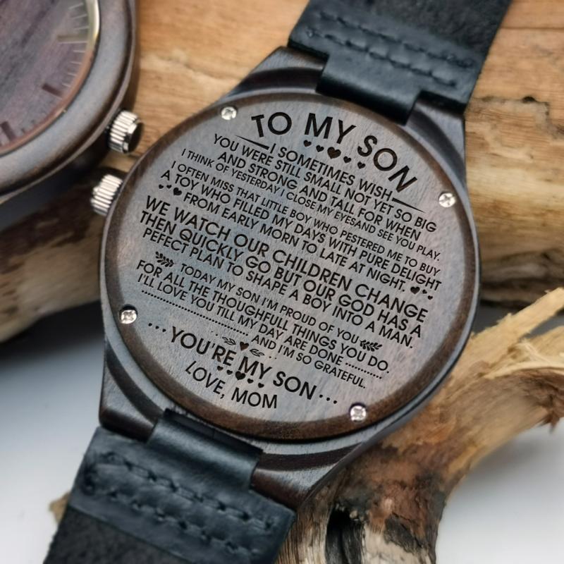 Dê ao filho esculpido conteúdo do ponteiro de luz da noite relógio de madeira ao presente de aniversário de formatura do filho Amor sua mãe relógios de pulso