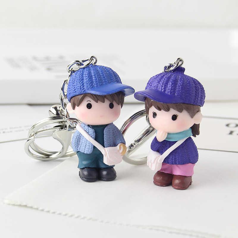 Linda boneca dos desenhos animados casal chaveiro homens e mulheres mochila carro boneca saco de suspensão pingente presente criativo girl keychain menino menina