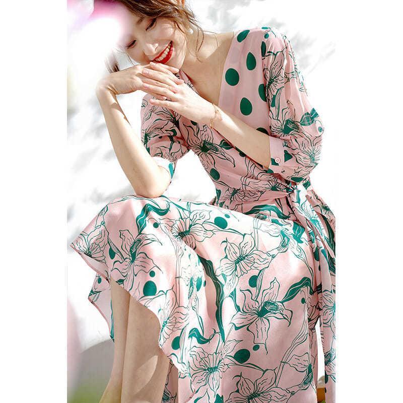 Abiti casual da donna Summer Waves Stampa Ovvoglia Sovrapposizione con scollo a V Dress Primavera e autunno con ragazza a sette maniche lunghe