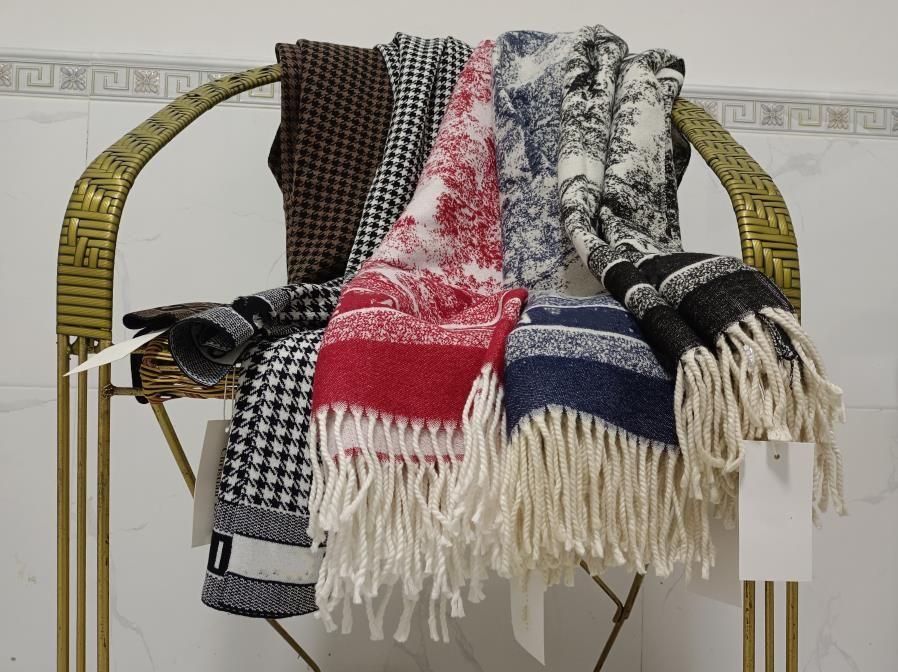 럭셔리 겨울 스카프 캐시미어 스카프 Pashmina 여성 브랜드 디자이너 따뜻한 패션 모방 양털 긴 목도리 포장 고품질 스카프